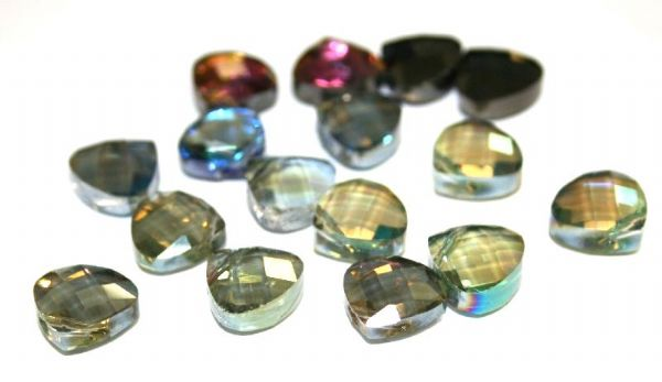 Faceted triangle top drilled glass beads